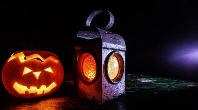 bring-boo-new-homes-halloween-4-min